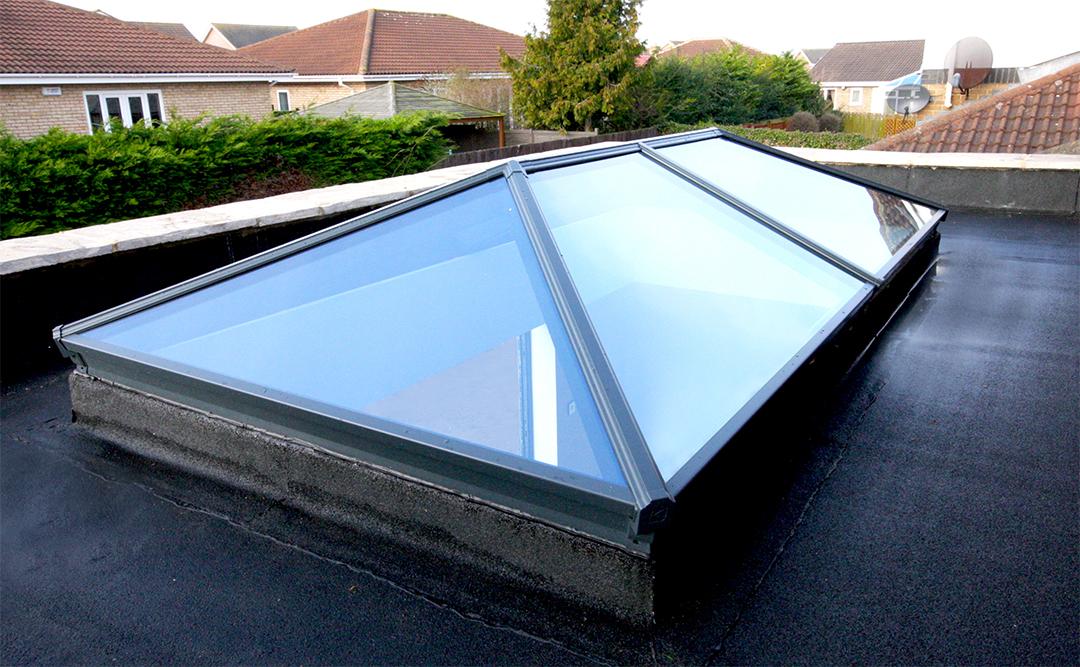Aluminium Roof Lantern (Korniche) - Black Exterior